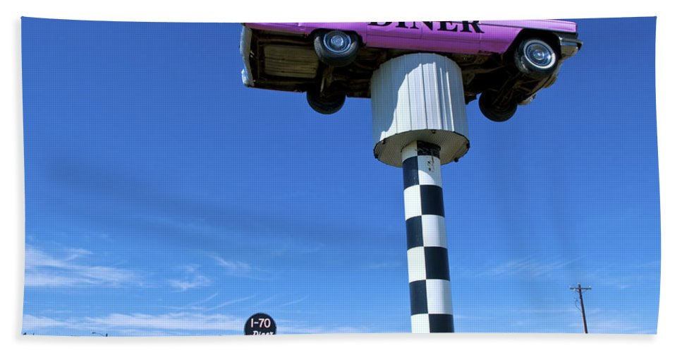 Lonely Bath Towel featuring the photograph Lonely Diner With Pink Cadillac by Bill Bachmann