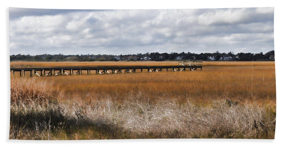 Wright Bath Sheet featuring the photograph Long Marsh Dock by Paulette B Wright