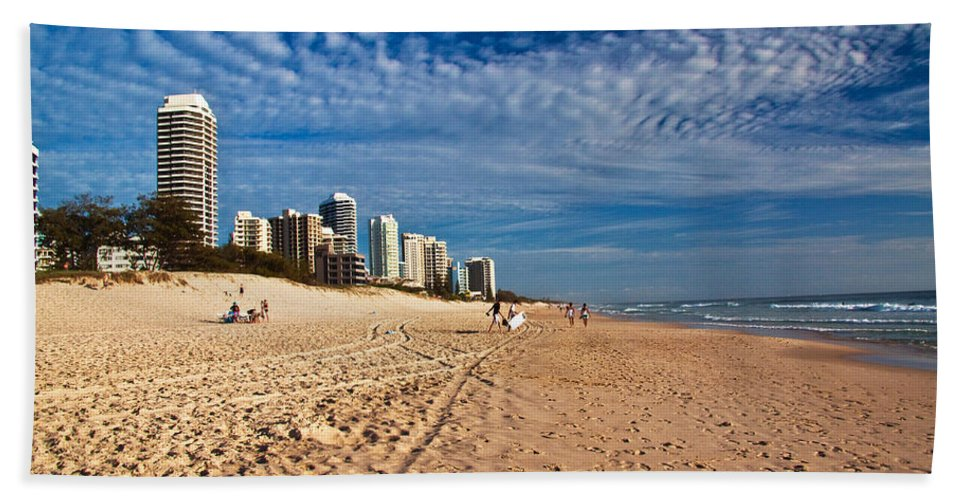 Gold Coast Hand Towel featuring the photograph Looking North Along The Beach by Darren Burton