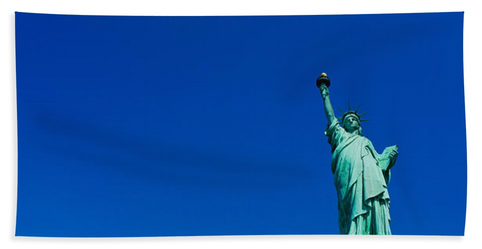 Photography Hand Towel featuring the photograph Low Angle View Of Statue Of Liberty by Panoramic Images
