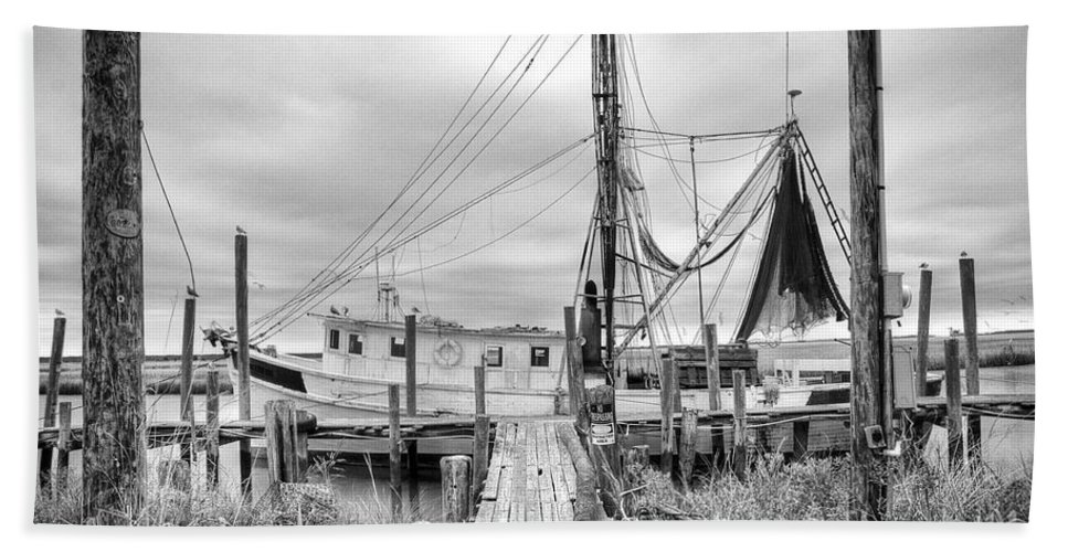 Shrimp Boat Hand Towel featuring the photograph Lowcountry Shrimp Boat by Scott Hansen