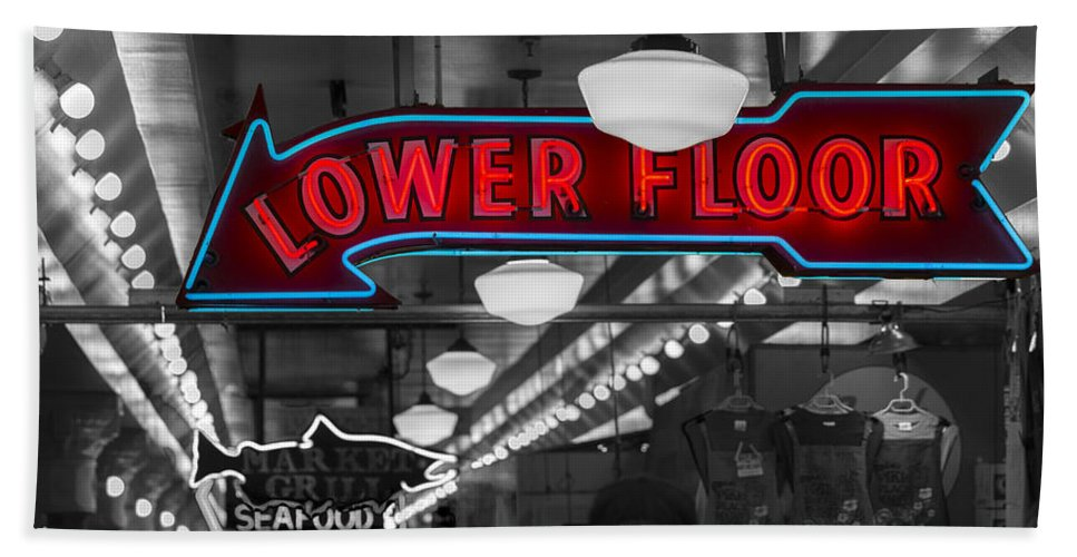 Sign Hand Towel featuring the photograph Lower Floor Selective Black And White by Scott Campbell