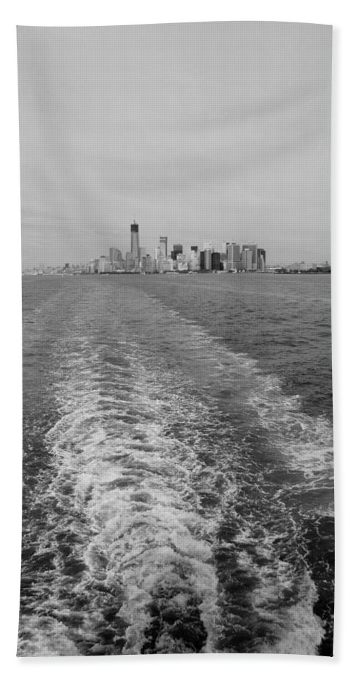 Harbor Hand Towel featuring the photograph Lower New York In Black And White by Rob Hans