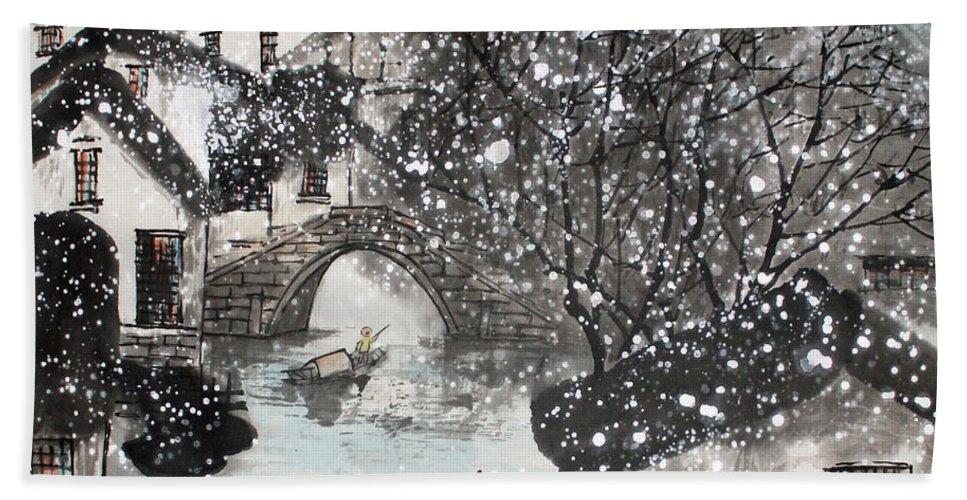 Chinese Brush Painting Hand Towel featuring the painting Lucky Snow by Yufeng Wang
