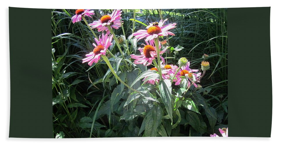 Flowers Hand Towel featuring the photograph Lunchtime by Rosita Larsson