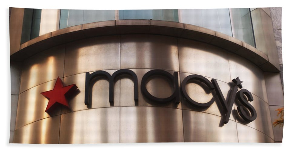 Chicago Bath Sheet featuring the photograph Macys Signage by Thomas Woolworth