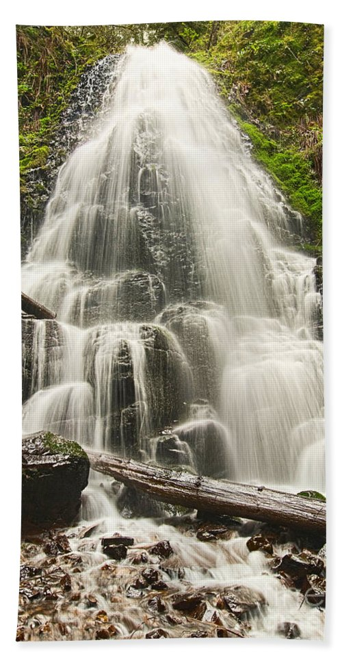Fairy Falls Bath Sheet featuring the photograph Magical Falls - Fairy Falls In The Columbia River Gorge Area Of Oregon by Jamie Pham