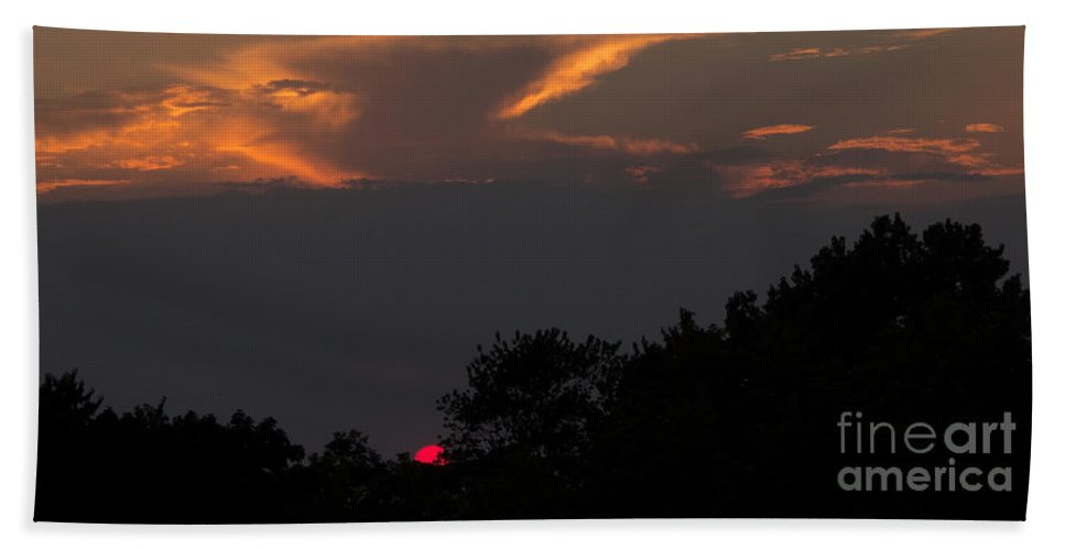 Sunset Bath Sheet featuring the photograph Magnificence by Ann Horn