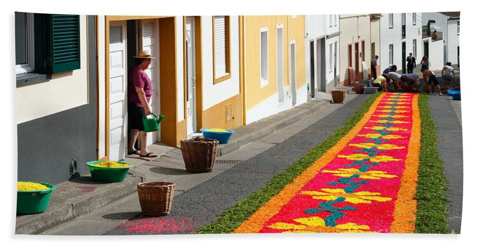 Portugal Hand Towel featuring the photograph Making Flower Carpets by Gaspar Avila