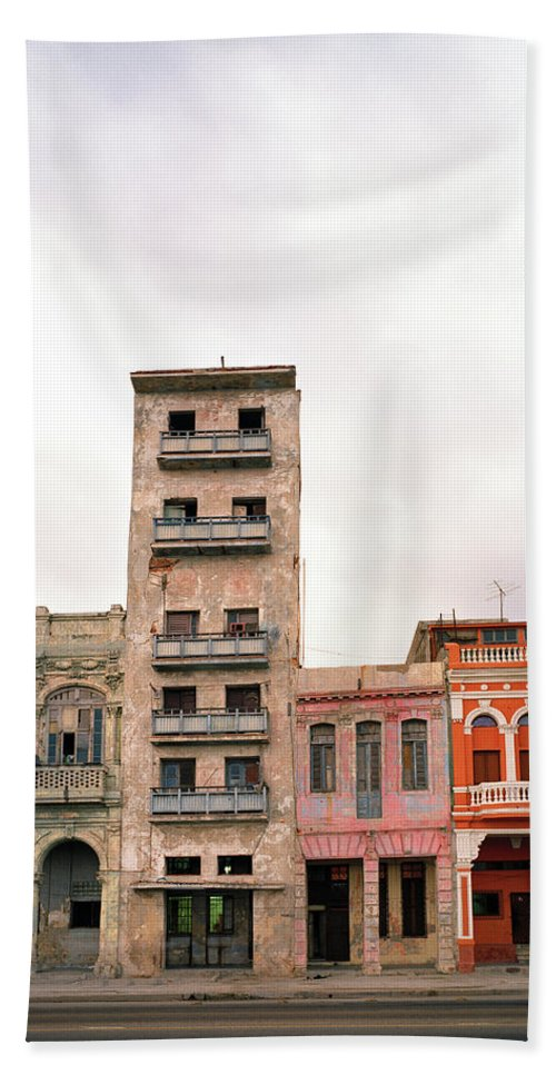 Cuba Hand Towel featuring the photograph Malecon by Shaun Higson
