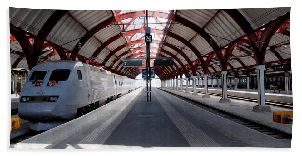 Malmo Hand Towel featuring the photograph Malmo Central Station by Tracy Winter