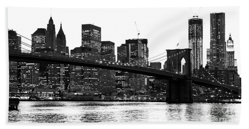 Usa Hand Towel featuring the photograph Manhattan 1 by Luciano Mortula