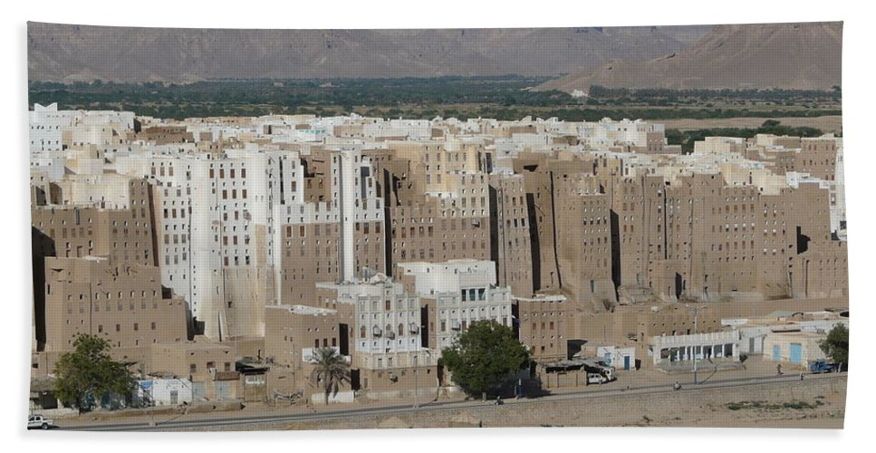 Asia Hand Towel featuring the photograph Manhattan Of The Desert by Ivan Slosar