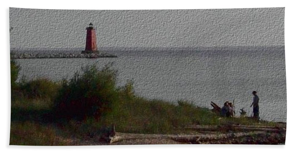 Lighthouse Hand Towel featuring the photograph Manistique Light by Charles Robinson
