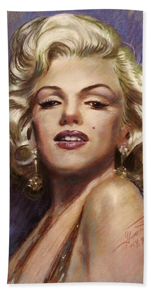 Marilyn Monroe Bath Sheet featuring the drawing Marilyn Monroe by Viola El