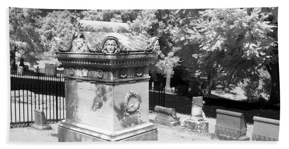 Near Bath Sheet featuring the photograph Mary And John Tyler Memorial Near Infrared Black And White by Sally Rockefeller