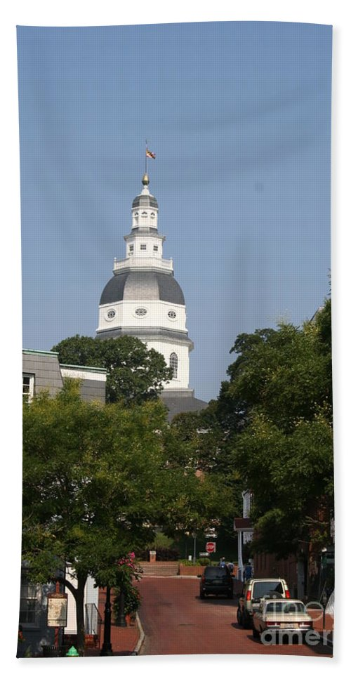 Street Bath Sheet featuring the photograph Maryland State House Cupola by Christiane Schulze Art And Photography