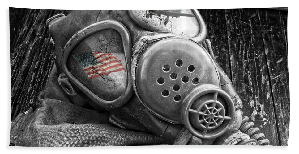 Wwi Gas Mask Hand Towel featuring the photograph Masked Freedom by Kristie Bonnewell