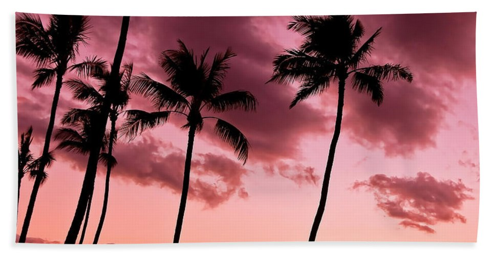 Tropical Palm Trees Bath Sheet featuring the photograph Maui Silhouette Sunset by Athena Mckinzie