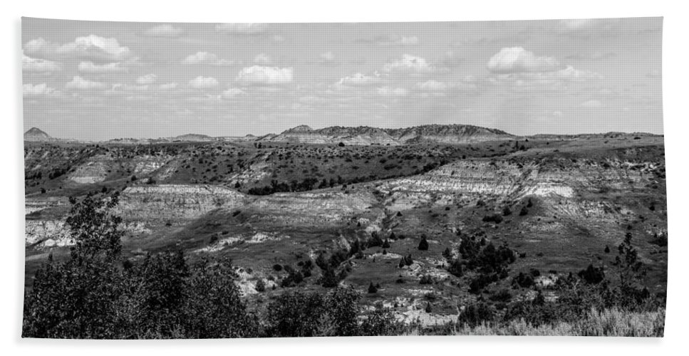 Badlands Hand Towel featuring the photograph Medora 17 by Chad Rowe