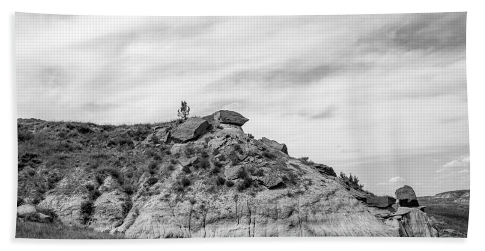 Badlands Hand Towel featuring the photograph Medora 34 by Chad Rowe