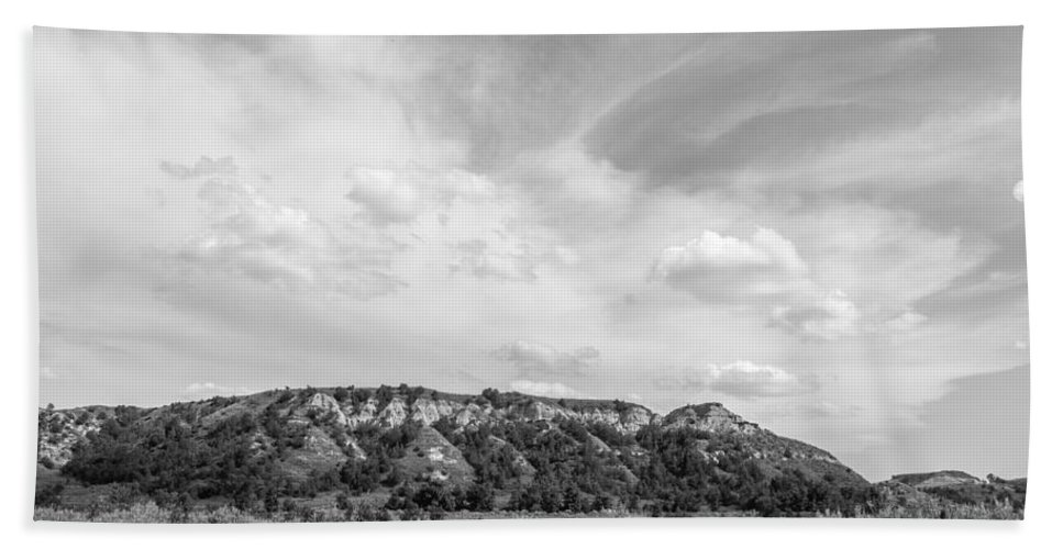 Badlands Hand Towel featuring the photograph Medora 41 by Chad Rowe