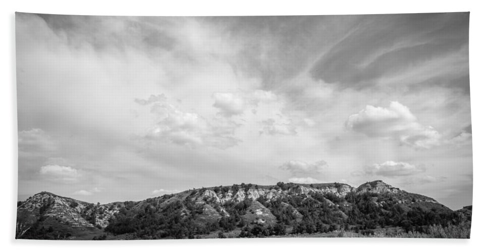 Badlands Hand Towel featuring the photograph Medora 43 by Chad Rowe