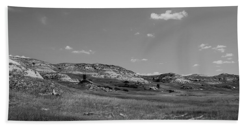 Badlands Hand Towel featuring the photograph Medora 6 by Chad Rowe