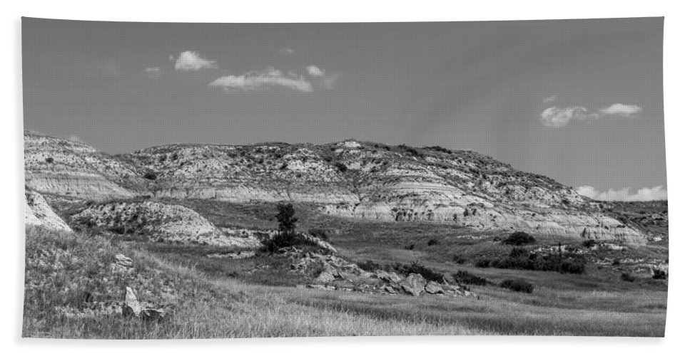 Badlands Hand Towel featuring the photograph Medora 7 by Chad Rowe