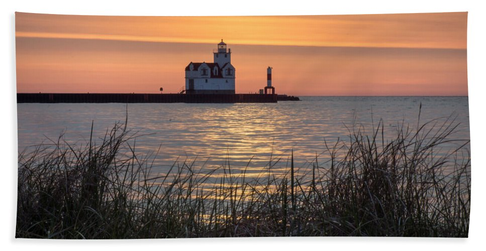 Lighthouse Bath Sheet featuring the photograph Memorial Morning by Bill Pevlor