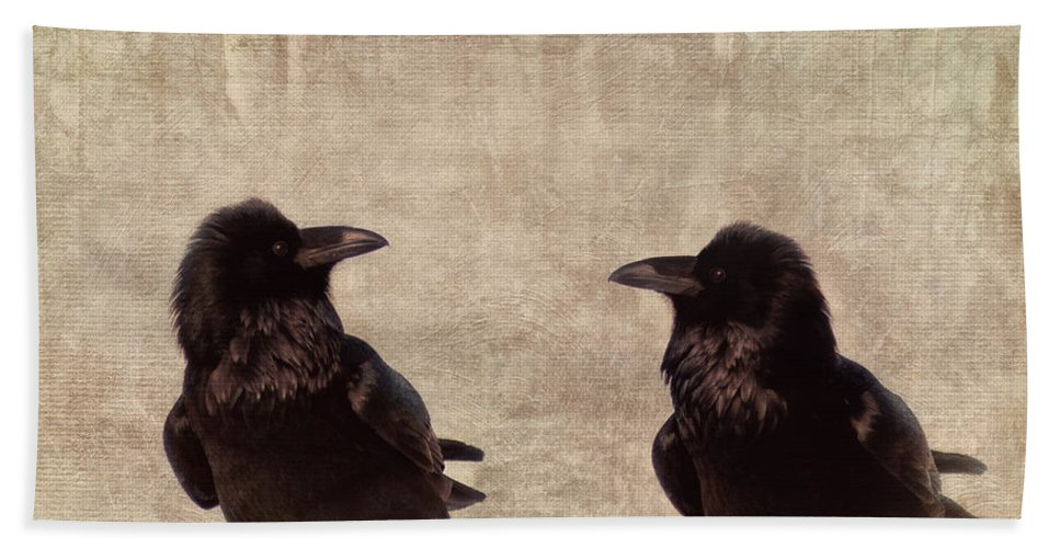 Raven Hand Towel featuring the photograph Messenger by Priska Wettstein