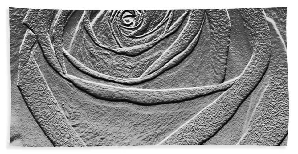 Rose Bath Sheet featuring the digital art Metal Rose by Carol Lynch