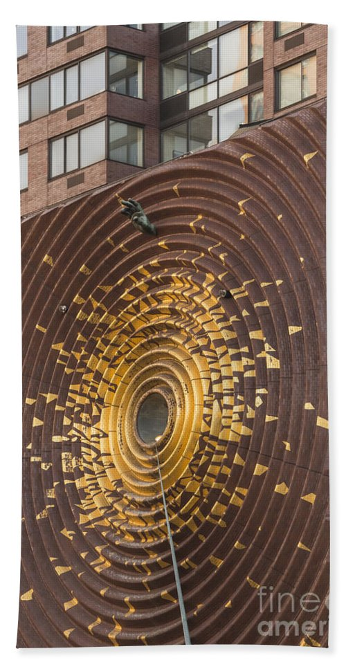 Metronome Clock Clocks Union Square New York City Cityscape Cityscapes Building Buildings Architecture Cities Structure Structures Window Windows Odds And Ends Bath Sheet featuring the photograph Metronome by Bob Phillips
