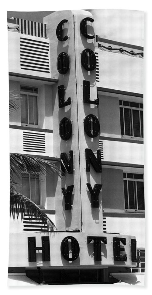 Art Bath Sheet featuring the photograph Miami Beach - Art Deco 17 by Frank Romeo