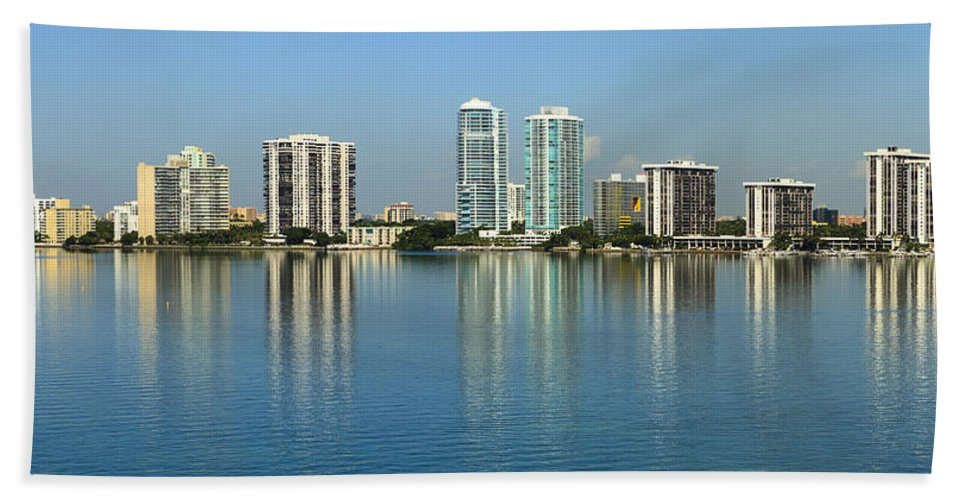 Architecture Bath Towel featuring the photograph Miami Brickell Skyline by Raul Rodriguez