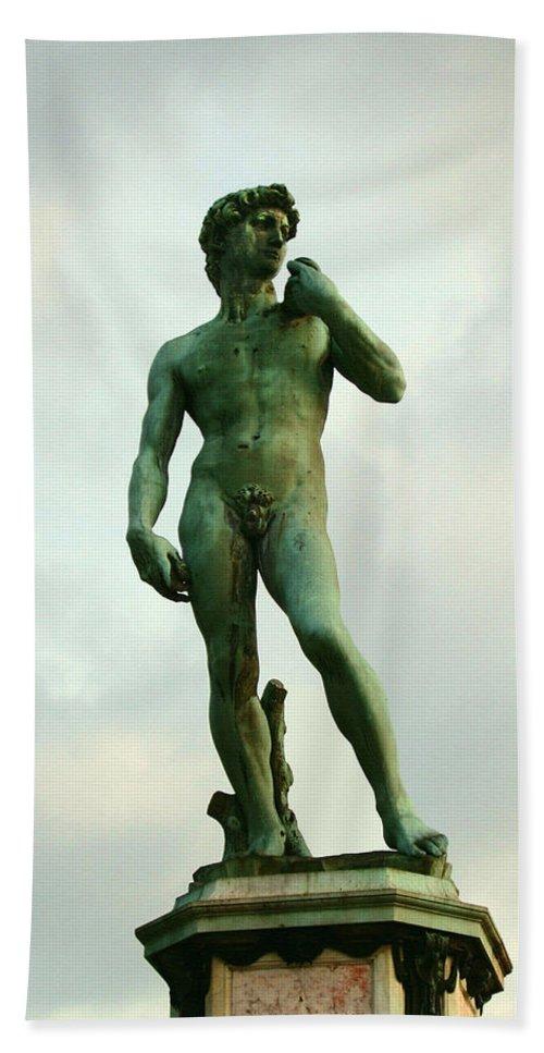 Michelangelos David Bath Sheet featuring the photograph Michelangelo's David 2 by Ellen Henneke