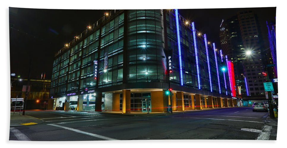 Pittsburgh Night Pa. Pennsylvania Bus Station Taaffe Urban Urbanx Poster Skyline Sky Night Evening Dawn Street Neon Color Vivid Hdr Bath Sheet featuring the photograph Middletown Dreams by Jimmy Taaffe