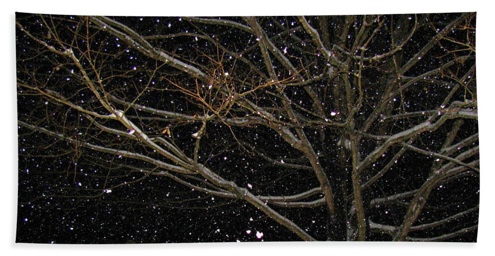 Snow Bath Sheet featuring the photograph Midnight Snow by Karin Everhart