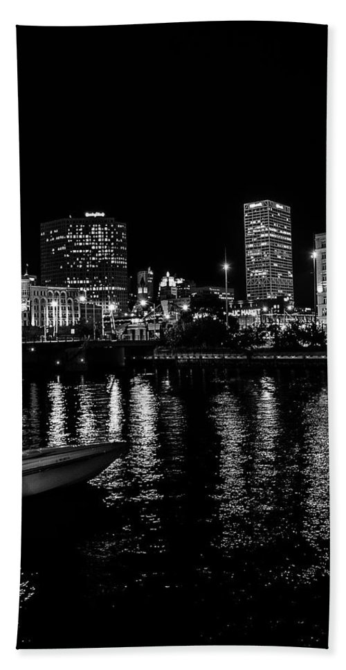 Milwaukee Bath Sheet featuring the photograph Milwaukee Downtown Third Ward by Susan McMenamin