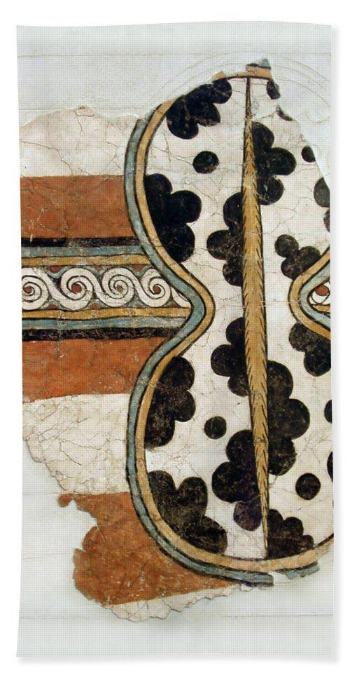 Minoan Livestock Painting Bath Towel featuring the photograph Minoan Livestock Painting by Ellen Henneke