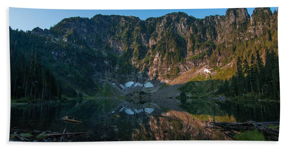 Landscape Hand Towel featuring the photograph Mirror by Ryan McGinnis