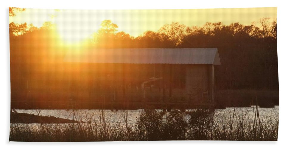 Mississippi Hand Towel featuring the photograph Mississippi Bayou 4 by Michelle Powell
