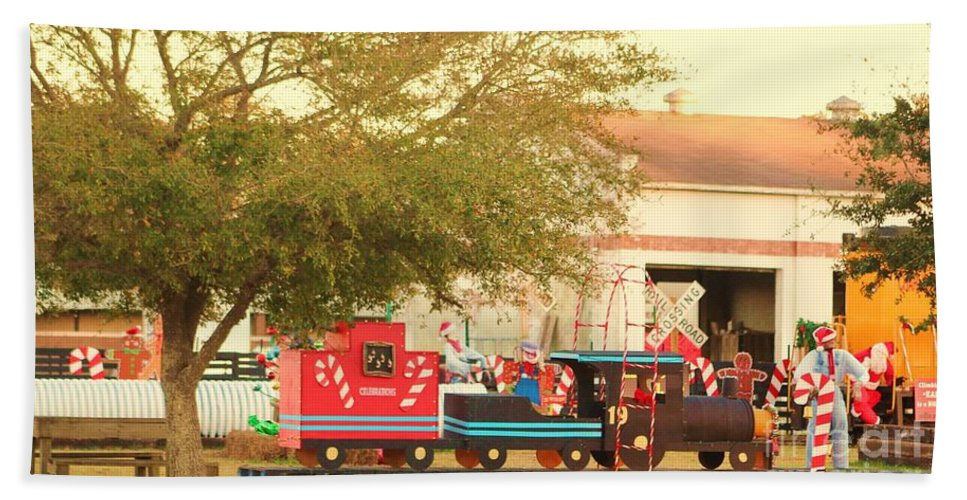 Fire Truck Hand Towel featuring the photograph Mississippi Christmas 10 by Michelle Powell