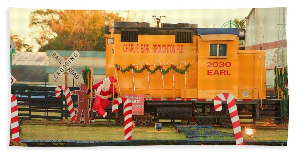Fire Truck Bath Sheet featuring the photograph Mississippi Christmas 13 by Michelle Powell