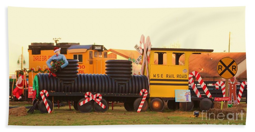Fire Truck Hand Towel featuring the photograph Mississippi Christmas 18 by Michelle Powell