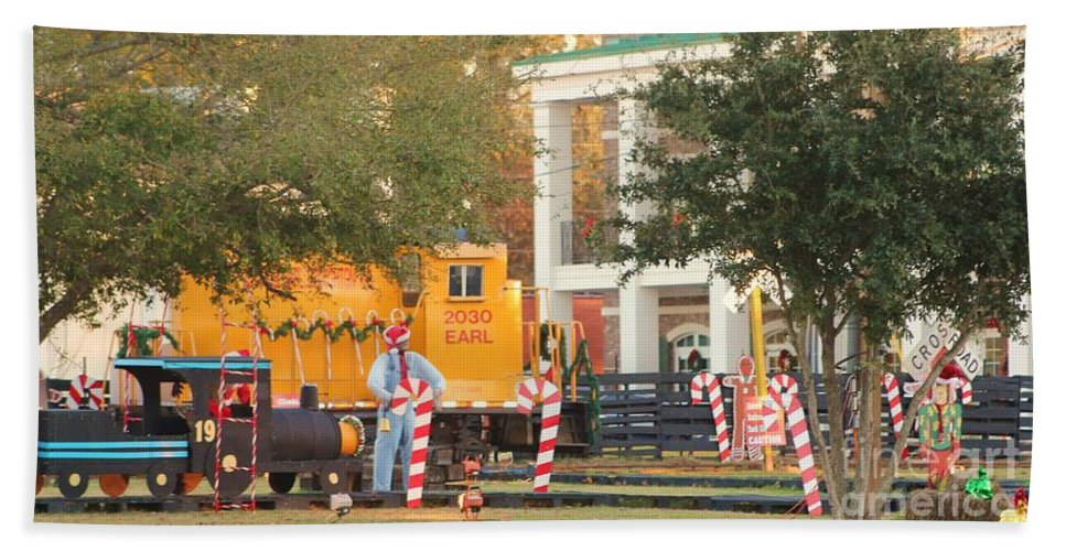 Fire Truck Hand Towel featuring the photograph Mississippi Christmas 8 by Michelle Powell