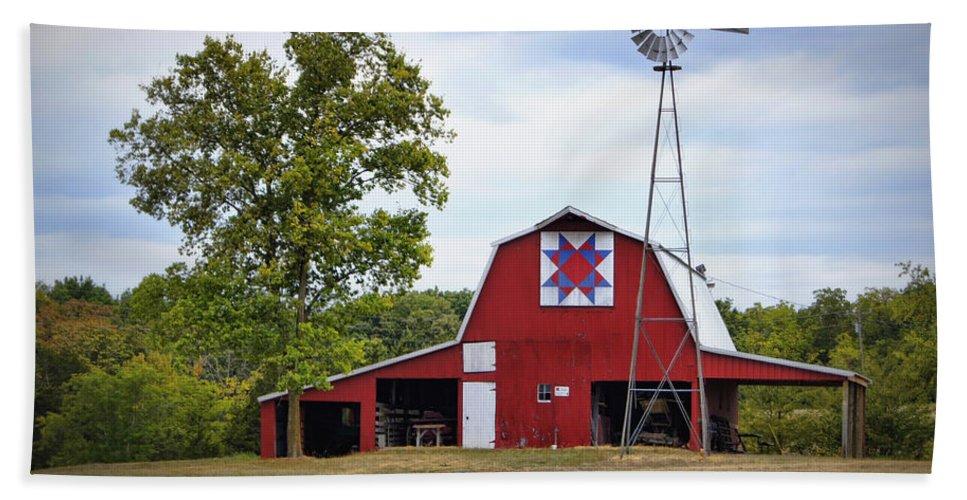 Barn Bath Sheet featuring the photograph Missouri Star Quilt Barn by Cricket Hackmann