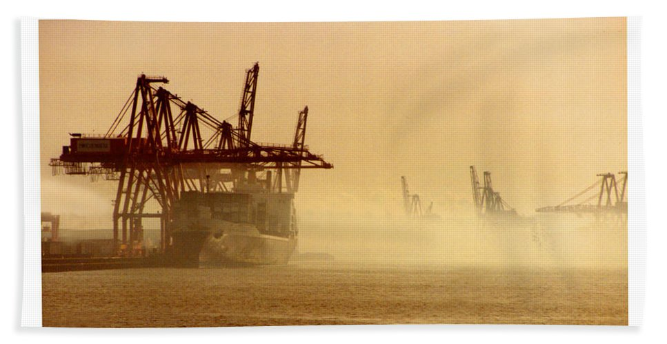Framed Prints And Note Cards Of The Port Of Seattle�s Seaport Bath Sheet featuring the photograph Misty Seattle Waterfront by Jack Pumphrey