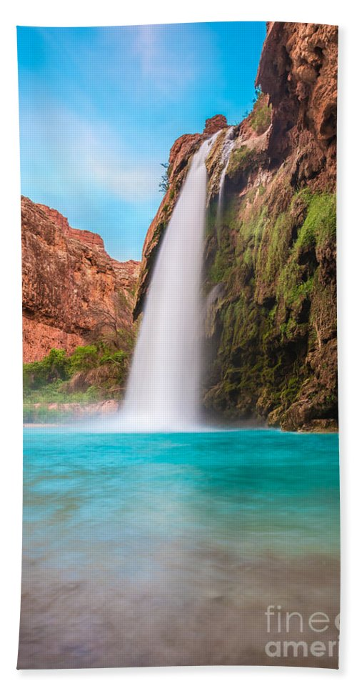 Arizona Hand Towel featuring the photograph Misty Waterfall by Nicholas Pappagallo Jr