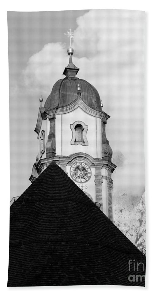 Baroque Bath Sheet featuring the photograph Mittenwald Kirchturm by Riccardo Mottola